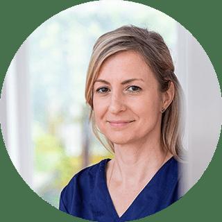 Dr. Edith Szabo